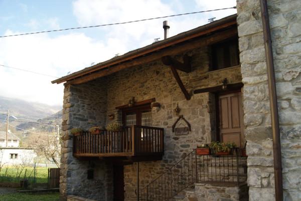 Casa indipendente in Vendita a Trausella: 4 locali, 123 mq