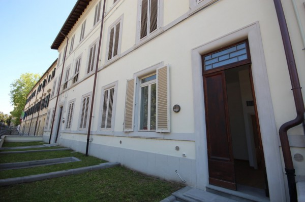 Bilocale Lucca Piazzale Giuseppe Verdi 1