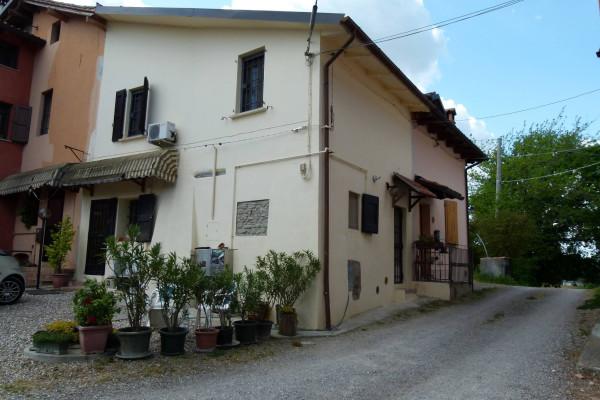 Soluzione Indipendente in vendita a Castel San Pietro Terme, 3 locali, prezzo € 98.000 | Cambio Casa.it