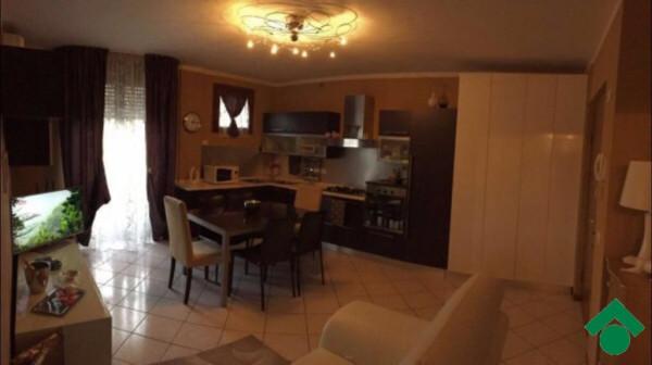 Appartamento in vendita a Brescia, 3 locali, prezzo € 114.000 | Cambio Casa.it