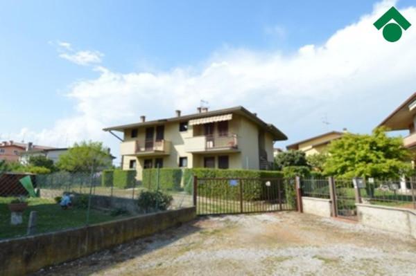 Bilocale Sirmione Via Mantegna, 45 4