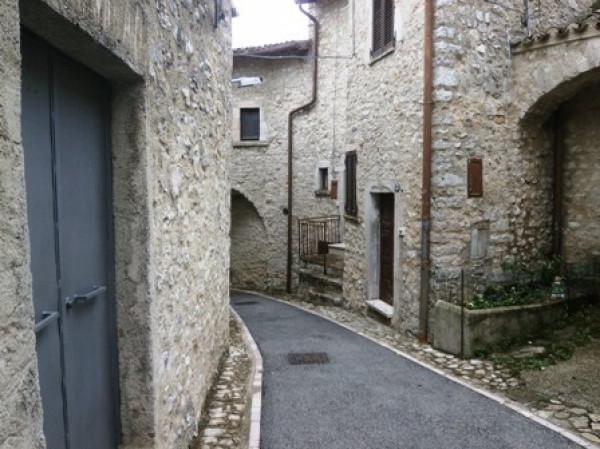 Soluzione Indipendente in vendita a Vallo di Nera, 3 locali, prezzo € 55.000 | Cambio Casa.it