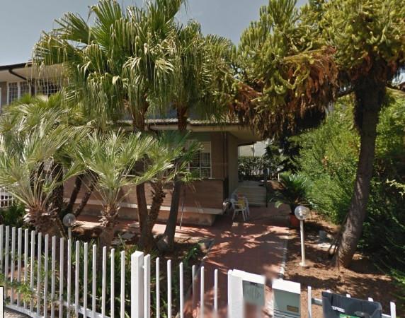 Villa in vendita a Latina, 4 locali, prezzo € 380.000 | CambioCasa.it