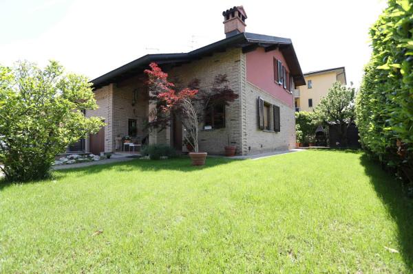 Villa in vendita a Cornegliano Laudense, 5 locali, prezzo € 270.000 | CambioCasa.it
