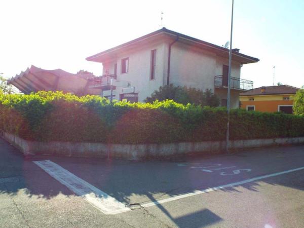 Villa in vendita a Leno, 4 locali, prezzo € 250.000 | Cambio Casa.it