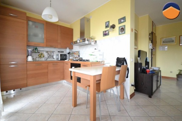 Bilocale Vittuone Via Alcide De Gasperi, 4 5