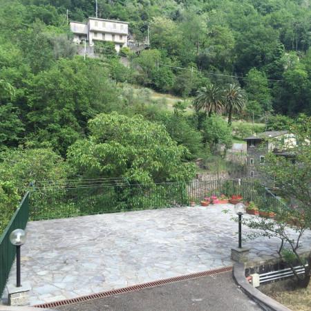 Appartamento in vendita a Avegno, 2 locali, prezzo € 235.000 | Cambio Casa.it