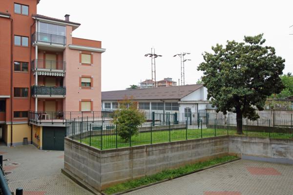Bilocale Collegno Via Torino 10
