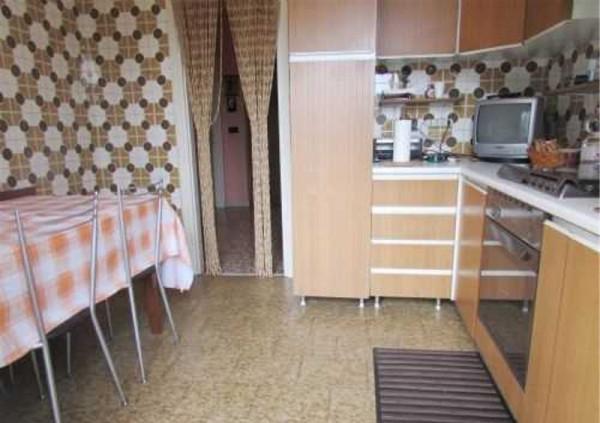 Bilocale Cusano Milanino Via Genziane, 20095-cusano Milanino Mi 2