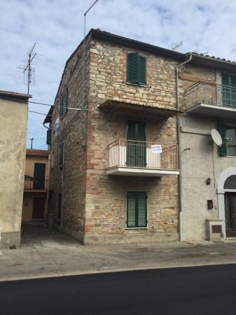 Appartamento in Vendita a Perugia Periferia: 4 locali, 70 mq