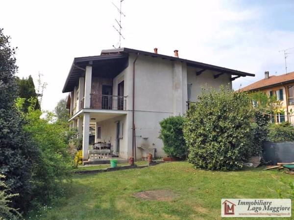 Villa in vendita a Taino, 5 locali, prezzo € 180.000 | Cambio Casa.it