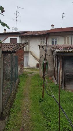 Bilocale Vercelli Via Lamporo 8
