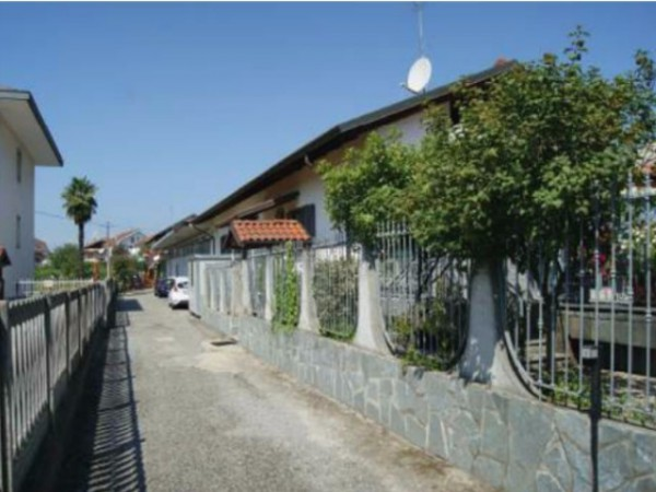 Villa in vendita a San Mauro Torinese, 3 locali, prezzo € 180.000 | Cambio Casa.it