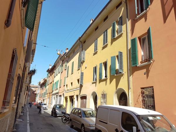 Bilocale Bologna Via Arienti 1