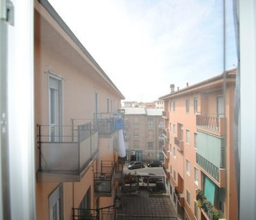 Bilocale Pavia Via Contardo Ferrini 9