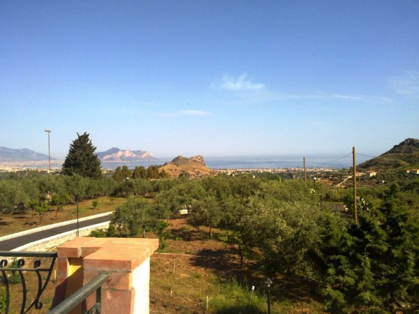 Villa in vendita a Bagheria, 5 locali, prezzo € 295.000 | Cambio Casa.it