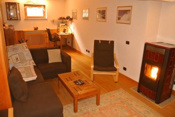 Appartamento in vendita a Gressoney-la-Trinitè, 5 locali, prezzo € 320.000 | Cambio Casa.it