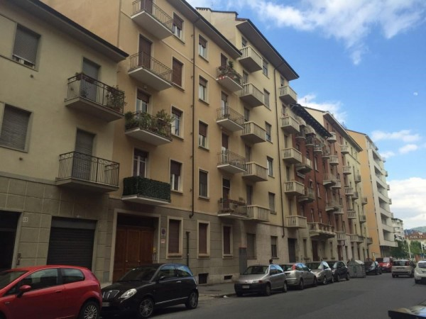 Bilocale Torino Via Rivalta 3