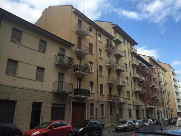 Bilocale Torino Via Rivalta 4
