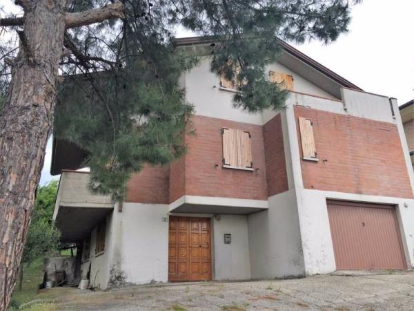 Villa in vendita a Coriano, 6 locali, prezzo € 350.000 | CambioCasa.it
