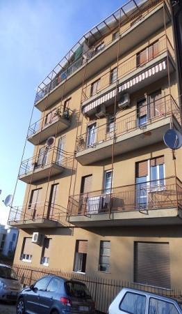 Bilocale Varese Via Carlo Goldoni 1
