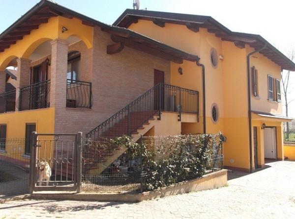 Villa in vendita a San Colombano al Lambro, 9999 locali, prezzo € 380.000 | Cambio Casa.it