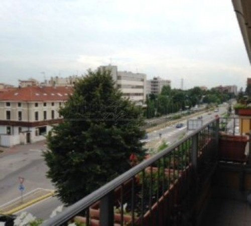 Bilocale Brugherio Viale Lombardia, 263 3