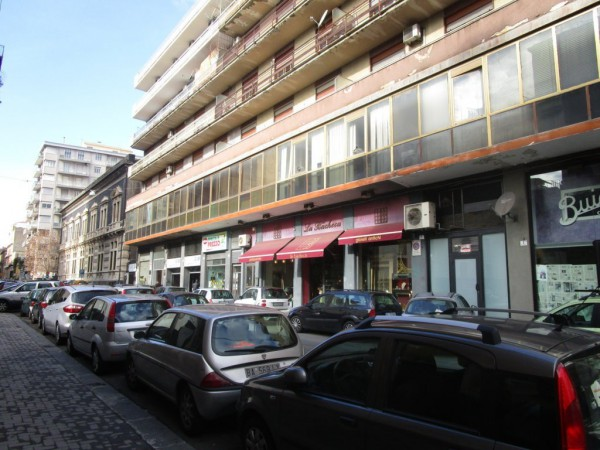 Bilocale Catania Via Firenze 1