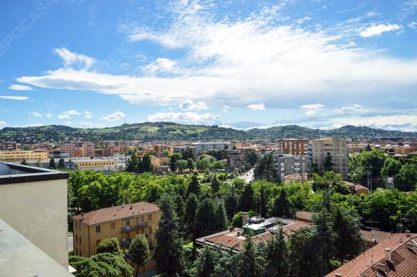 Bilocale Bologna Viale Felsina 10