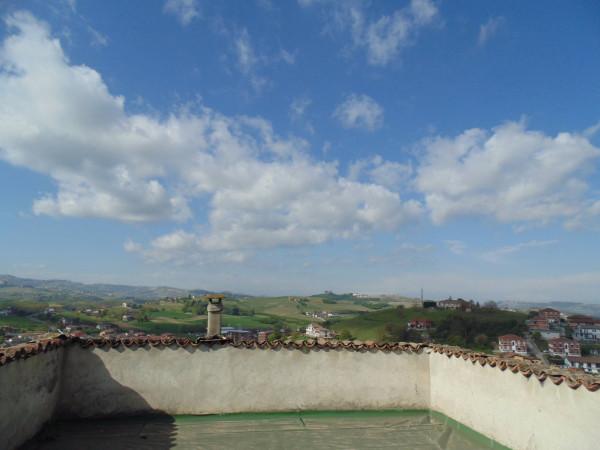 Palazzo / Stabile in vendita a Castagnole delle Lanze, 6 locali, Trattative riservate | Cambio Casa.it