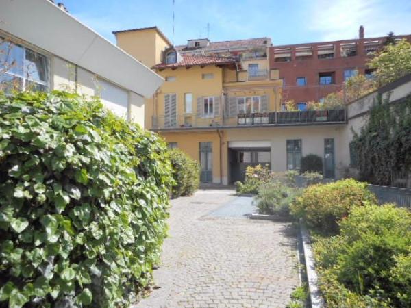 Bilocale Torino Via Giacinto Collegno 7