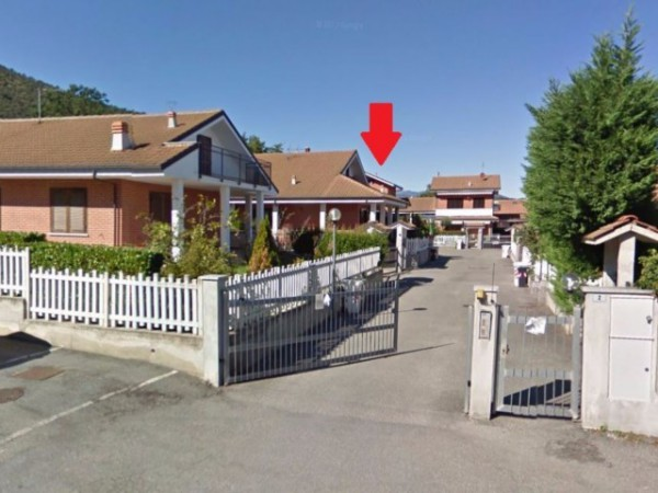 Villa in vendita a Sangano, 6 locali, prezzo € 150.000 | Cambio Casa.it