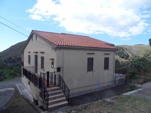 Villa in vendita a Maratea, 6 locali, prezzo € 250.000 | Cambio Casa.it