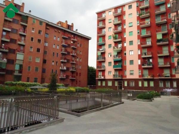 Bilocale Milano Via Dolomiti, 11 10