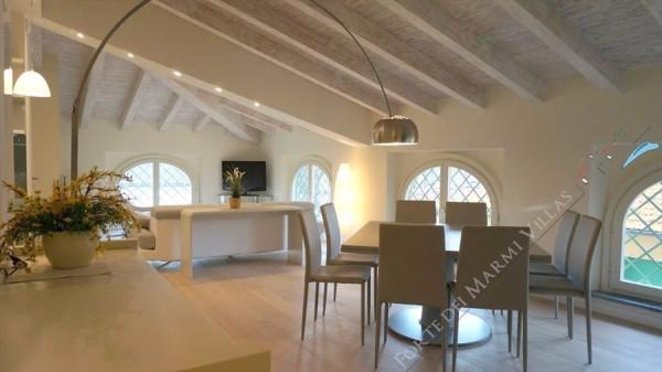 Attico / Mansarda in affitto a Forte dei Marmi, 5 locali, prezzo € 10.000 | Cambio Casa.it