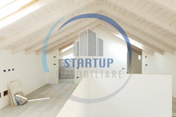 Appartamento in vendita a Seregno, 2 locali, prezzo € 165.000   Cambio Casa.it