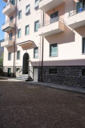 Bilocale Lecco Via Francesco Baracca 8
