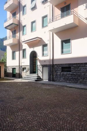 Bilocale Lecco Via Francesco Baracca 9