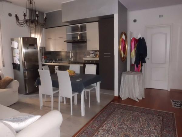 Appartamento in Vendita a Piacenza Periferia Sud: 4 locali, 105 mq
