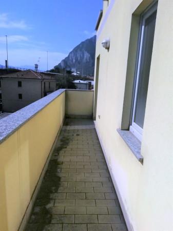 Bilocale Lecco Via Della Pergola 8