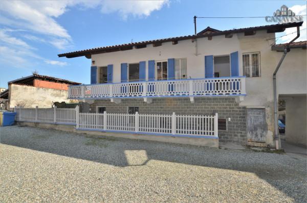 Casa indipendente in Vendita a Castellamonte Centro: 4 locali, 110 mq