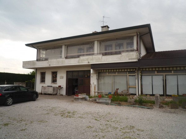 Laboratorio in vendita a Conselve, 6 locali, Trattative riservate | Cambio Casa.it