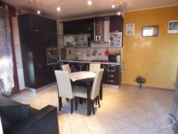 Appartamento in vendita a Roverbella, 3 locali, prezzo € 107.000 | Cambio Casa.it