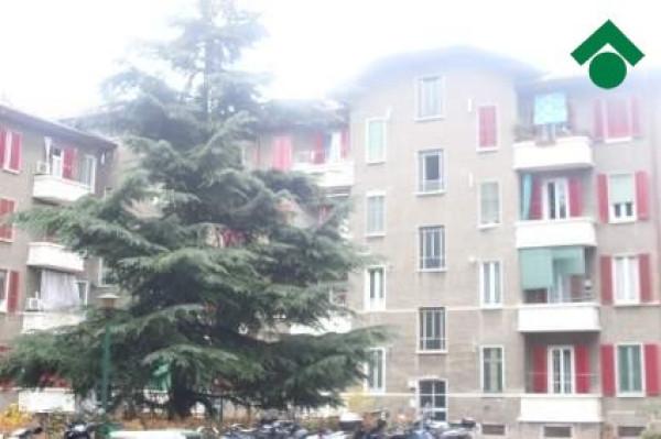 Bilocale Milano Via Jacopino Da Tradate, 8 10