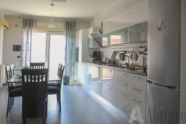 Appartamento in vendita a Messina, 5 locali, prezzo € 220.000 | Cambio Casa.it
