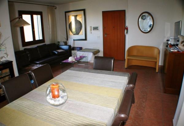 Appartamento in vendita a Lizzanello, 2 locali, prezzo € 120.000 | Cambio Casa.it