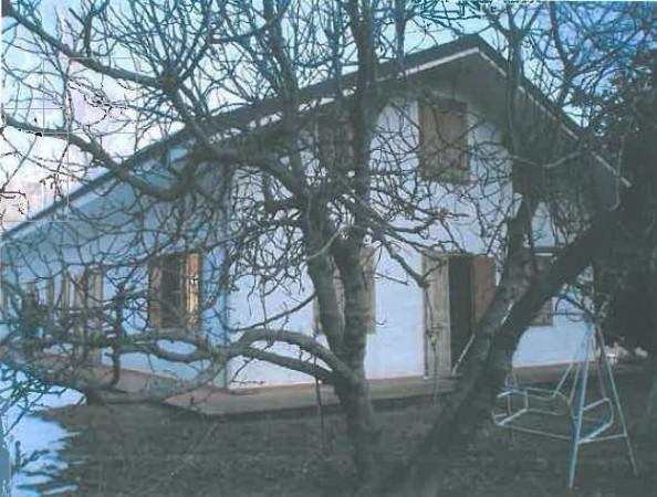 Villa a Schiera in vendita a San Germano Chisone, 5 locali, prezzo € 78.000 | Cambio Casa.it