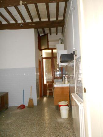Bilocale Arezzo Piazza Grande 7