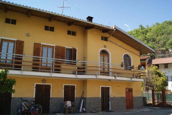 Casa indipendente in Vendita a Fiorano Canavese: 5 locali, 121 mq