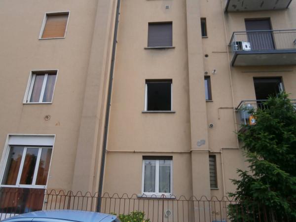 Bilocale Arcore Via Monviso 4